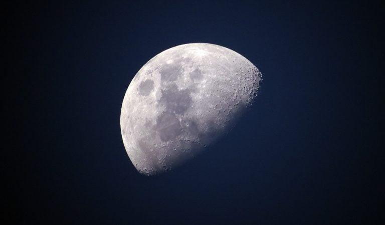 Έρχεται η μεγαλύτερη σεληνιακή έκλειψη του αιώνα! Αυτή η έκλειψη προμηνύει…