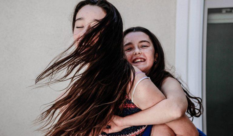 Τα παιδιά δεν χρειάζονται ψυχολόγο, χρειάζονται αγάπη.
